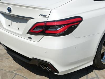 新車 クラウン RSアドバンス 本革 SR 3眼ヘッドライトのサムネイル